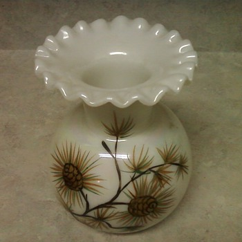 RUFFLED MILK GLASS VASE - Glassware