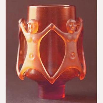 A Jory diatreta figural vase - Art Glass