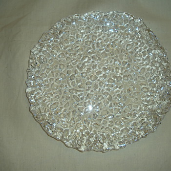 GLASS PLATE ANY IDEA? - Glassware