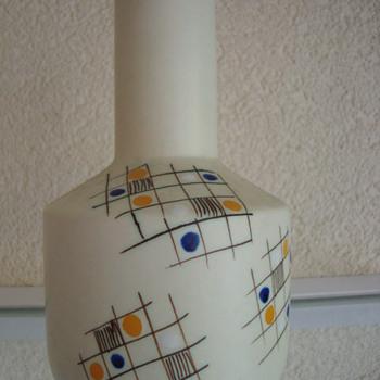 plazuid vase - Art Pottery