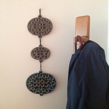 ARABIA FINLAND - HILKKA SÄYNÄJÄRVI (MEKRI) - Art Pottery