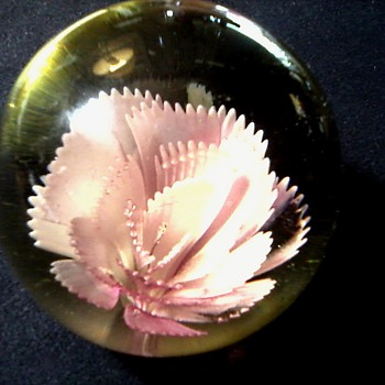 "Large 3 1/2"" Floral Paperweight / Unknown Maker and Age"