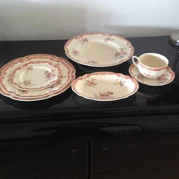My inherited china from Johnson Brothers - Victorian Boscombe - China and Dinnerware