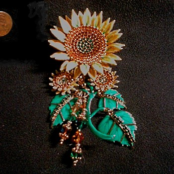 """Lunch At The Ritz"" -Seeded Sunflower- /Brooch-Pendant Combo /24K Gold Plated /Circa 1992"