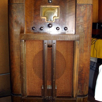 RCA Victor Magic Voice Radio
