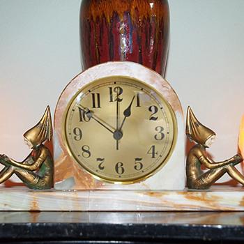 """J. B. Hirsch """"Pixies"""" Clock 1927, apres Gerda Iro Gerdago - Art Deco"""
