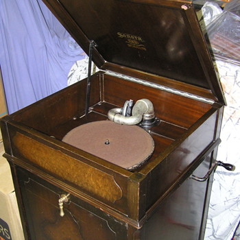 Sonora Prelude C1930 gramophone