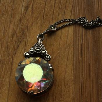 Art deco Aurora borealis silver pendant