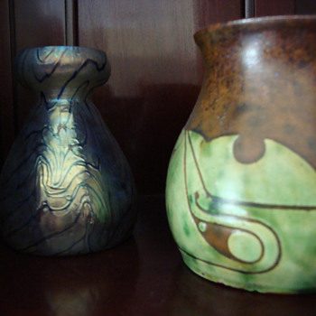 both around 1900 one glass and one out of clay made by willem coenraad brouwer in scraffito technique - Art Pottery