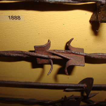 ONE OF MY FAVORITE BARBED WIRES - Tools and Hardware