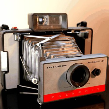 Polaroid Land Camera 104 - Cameras