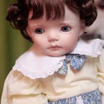 My Caroline - Dolls
