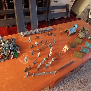 Vintage Marx Training Camp Parts and MORE  - Toys