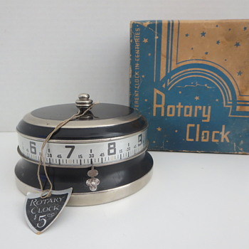 Lux Rotary Clock - Clocks