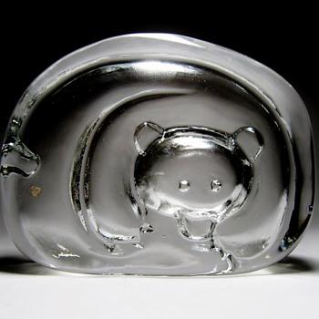 "JORMA VENNOLA FOR IITTALA -FINLAND /""KARHU"" - Art Glass"