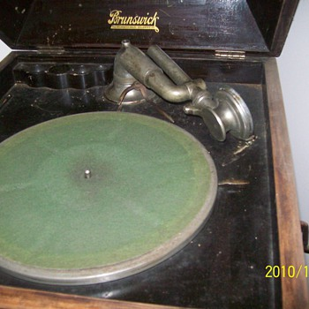 Brunswick Phonograph - Records
