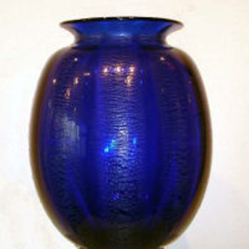 Tincraquelé in dark blue 1930-35
