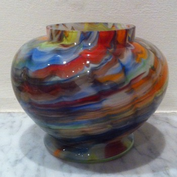 Zigzag / wave urn ??Ruckl - Art Glass