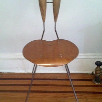 Mid century but who and where? - Furniture