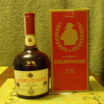2-1-1969 V.S. cognac courvoisier 80 proof from France - Bottles