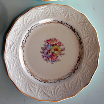Shell Krest China Pattern Help - China and Dinnerware
