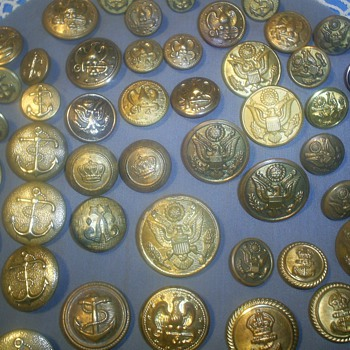 Vintage Military Buttons - Military and Wartime