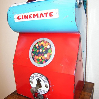 Very rare Viewmaster/bubblegum machine combination !