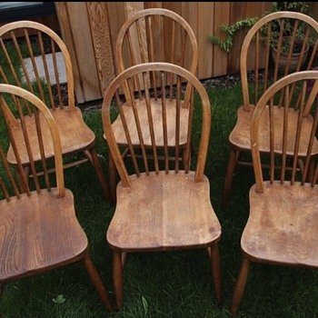 Can anyone tell me if my chairs are ercol?