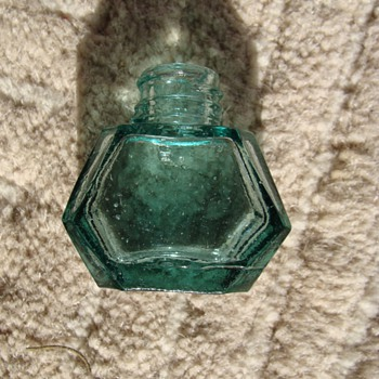 Antique  1800's Japanese Ink Bottle