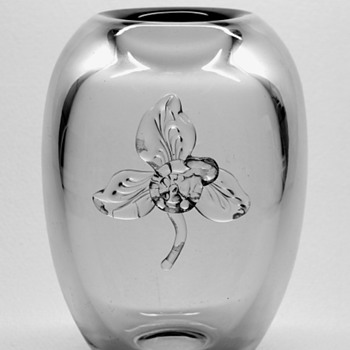 Gerda Stromberg vase with Knut Bergqvist applied flower.