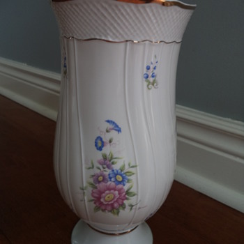 Hollohaza Hungary 1831 Vase - Pottery