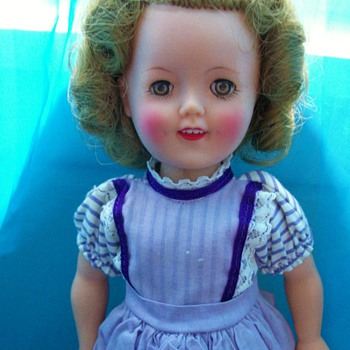 Shirley Temple Doll by Ideal 1950's and clothes 12 Inch size - Dolls