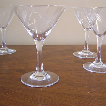 Vintage wheatsheaf pattern martini glasses - Glassware