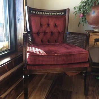 Estate sale Mystery chair