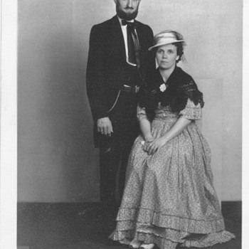 My Great Aunt and Uncle . Abe Lincoln look :-)  - Photographs