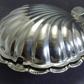 Clam Shell Mustard Pot?  Caviar Dish? - Kitchen