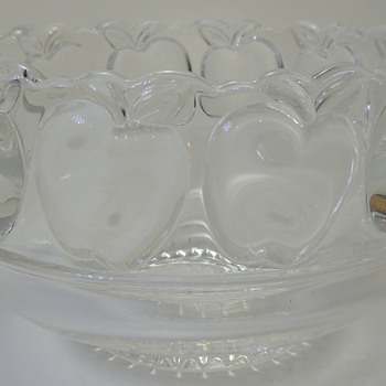 Fruit Bowl - TIFFANY & CO - Art Glass