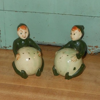 Vintage Elf Salt and Pepper Shakers