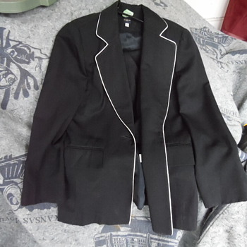 Very Rare Guerlain Paris Ladies Suit,Employee Suit???