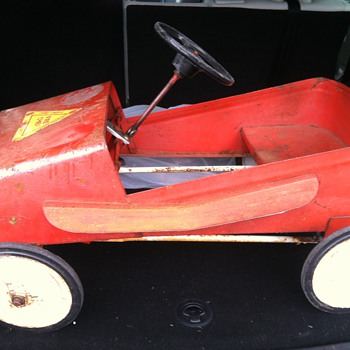 Trying to date and identify this Pedal Car