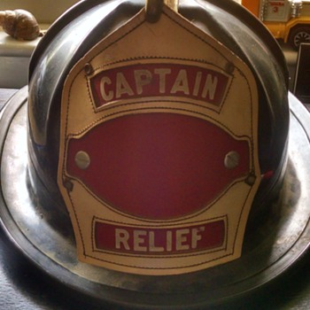 CAPTAINS CAIRNS & BROTHERS FIRE HELMET!!!! captain newsham 1940's!!! - Firefighting