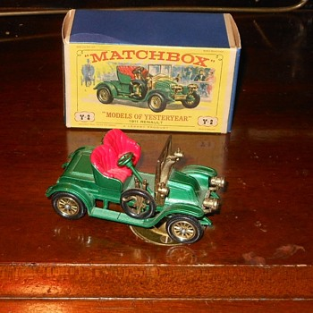 Matchbox Models of Yesteryear Y-2 1911 Renault 2 - Seater