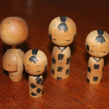 Kokeshi variations 1 - Dolls