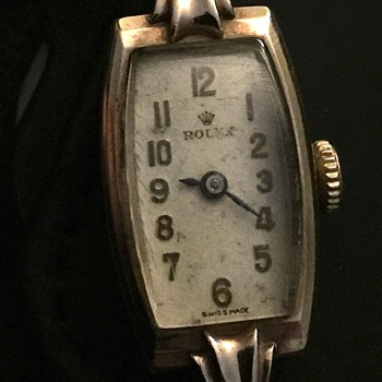 ROLEX VINTAGE LADIES GOLD WATCH - Wristwatches