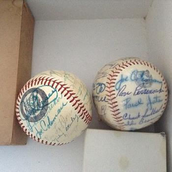 Detroit Tigers Balls autographed - Baseball