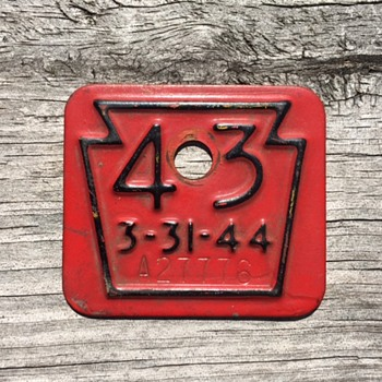 1943 PA Keystone License / Badge - Classic Cars