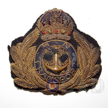 First World War Royal Navy Officer's cap badge