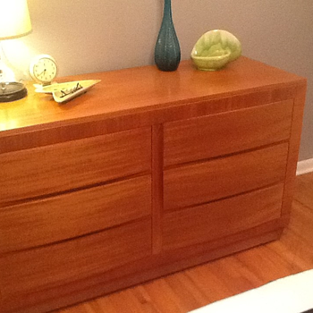 RWay Mid Century Double Dresser - Furniture
