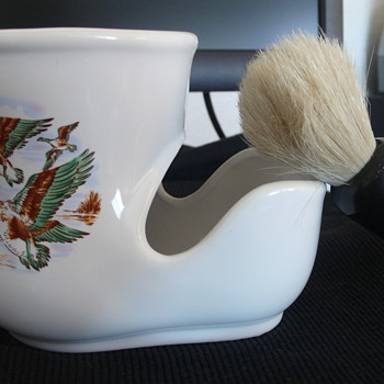 Shaving Scuttle - China and Dinnerware