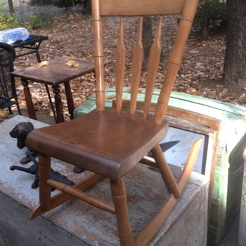 CHILDS ROCKING CHAIR HELP PLEASE